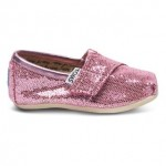 Start A New Holiday Family Tradition With TOMS Shoes