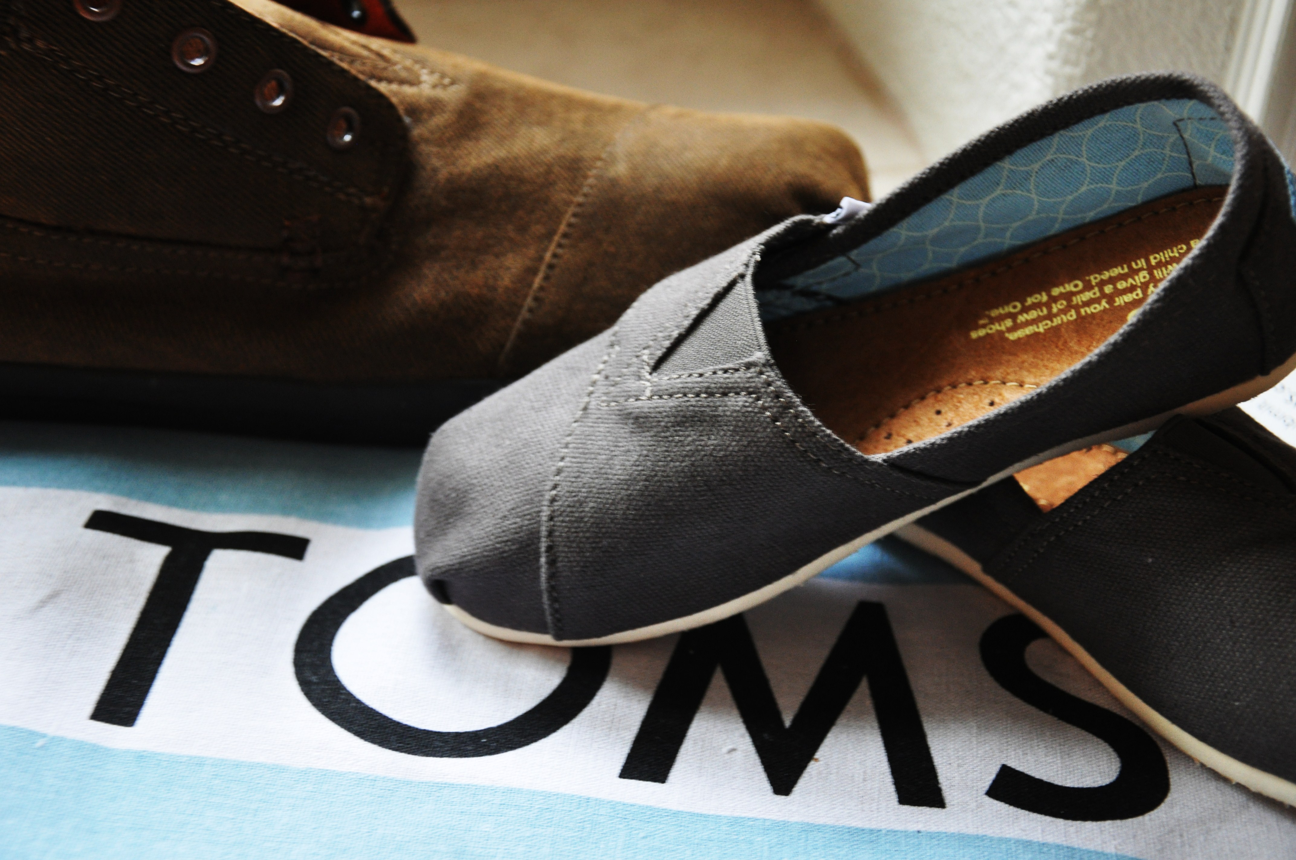 tomshoes