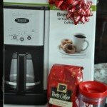 Easy Holiday Gift Ideas – #PeetsCoffee Gift Basket #CBias {$75 Gift Card Giveaway}