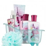 Holiday Gift Guide: Gifts For Women – Bath and Body Works {Giveaway}