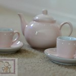 Holiday Gift Guide: Gifts For Girls – Pottery Barn Kids – Porcelain Tea Set
