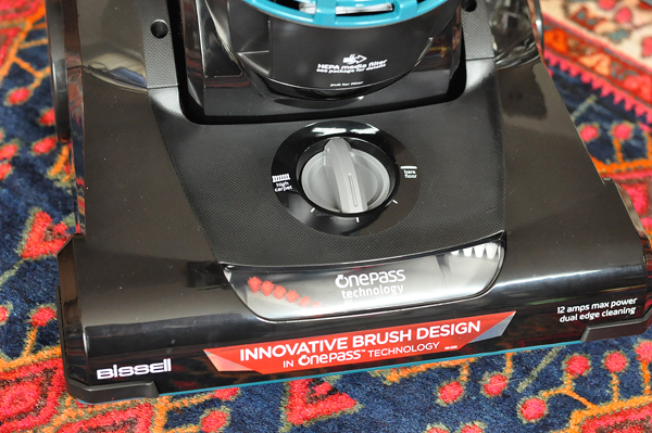 BISSELL® CleanView® Vacuum with OnePass Technology™