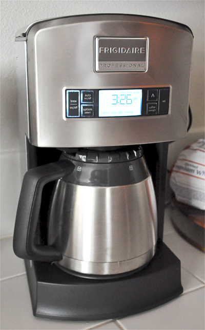 Drip Coffee Maker Hot Water : The Sleek Stainless Steel Frigidaire Professional? 12-Cup Drip Coffee Maker - Our Ordinary Life