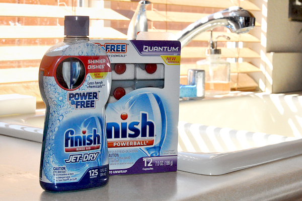 Busy Mom Tips – Easy Kitchen Cleanup With Finish® Power & Free ™