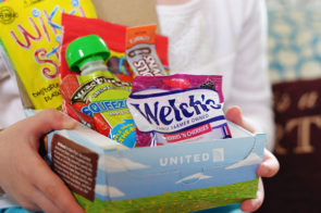 United Airlines Kids Snackbox‏
