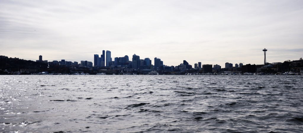 seattle skyline from ride the duck seattle lake
