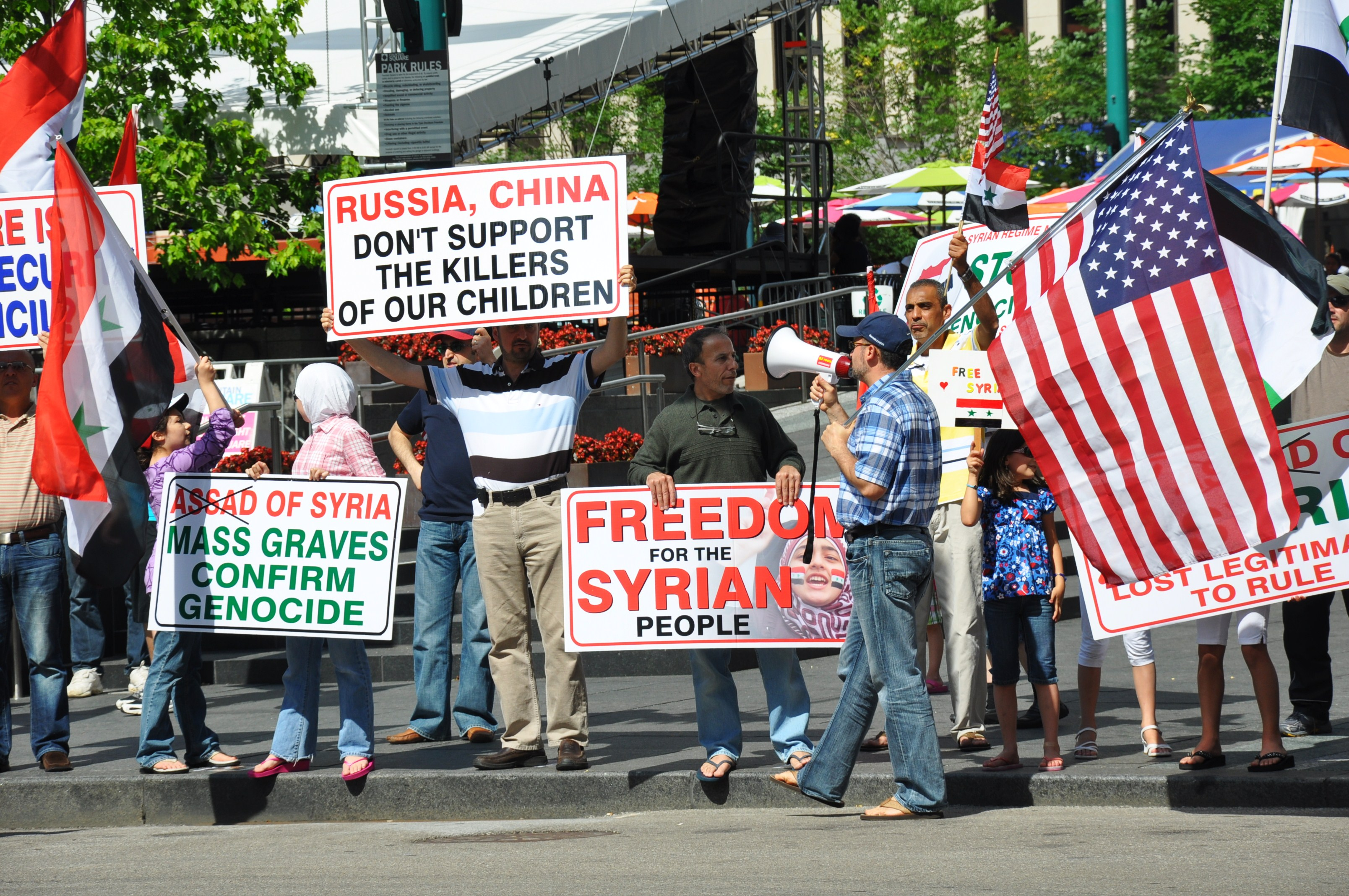 Photography – Freedom – 2011 Cincinnati, OR – Free Syria Demonstrators