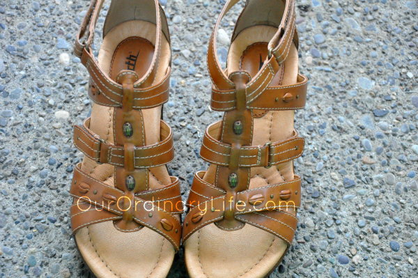 Summer Style With Comfort & Style With Earthies Shoes