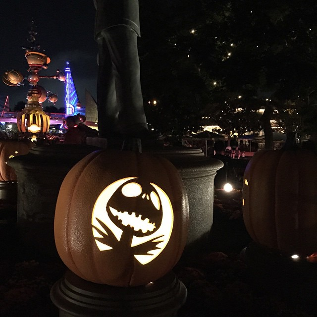 disneyland halloweentime at night pumpkins
