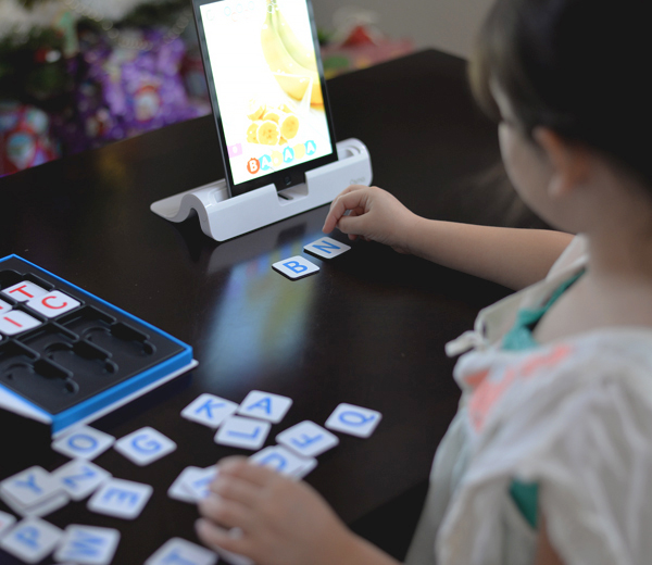 Osmo iPad Learning Letters Words Game