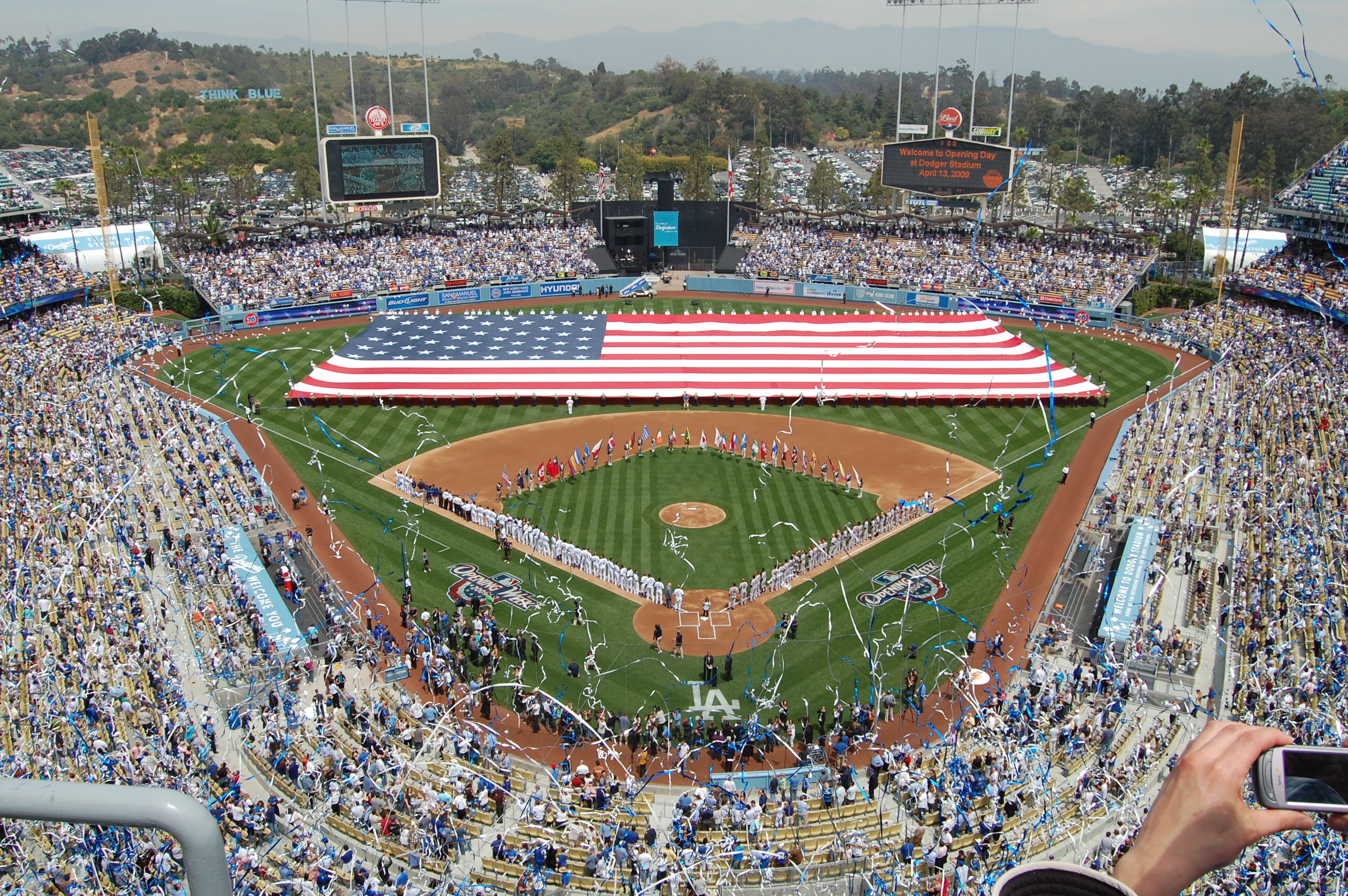 Dodger_Stadium_Opening_Day_2009