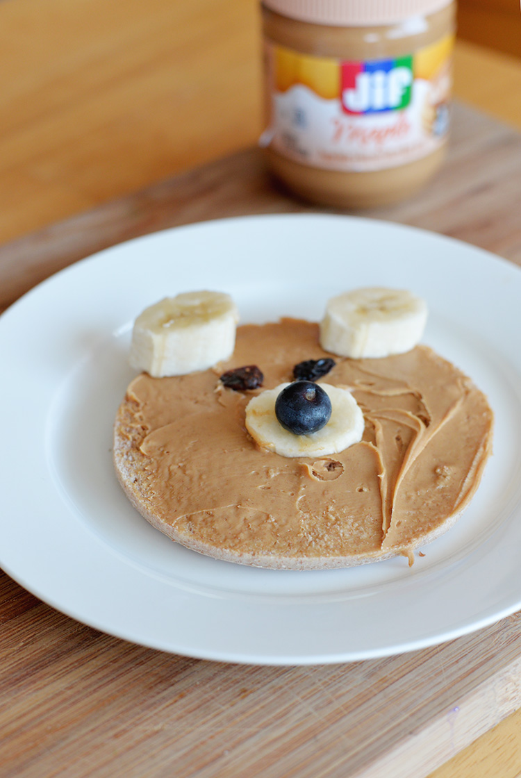 Jif Maple Spread Fun Bear Face Bagel easy breakfast ideas