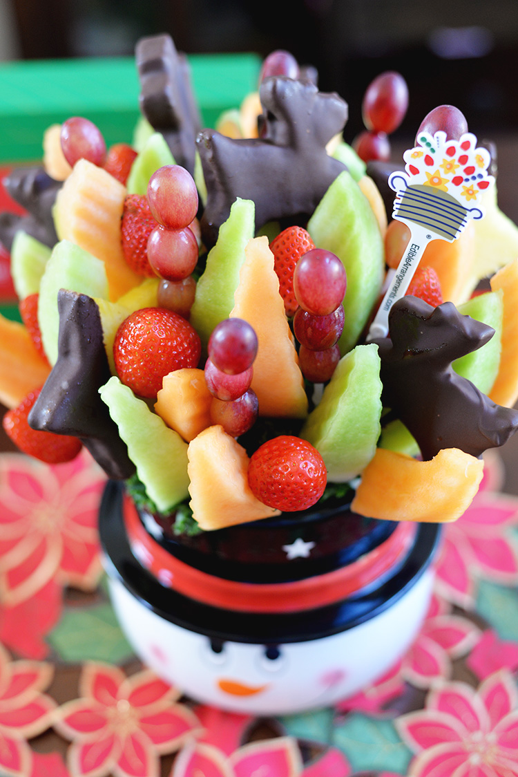 edible-arrangements-fruit-sticks