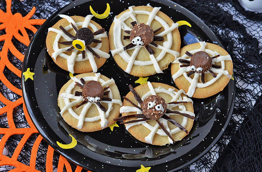 Cooking With Kids – Easy Spider Halloween Cookies
